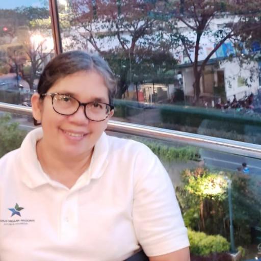 Helen Manurung